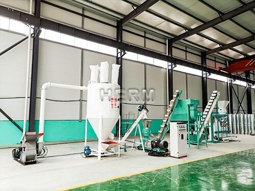 small animal feed production line